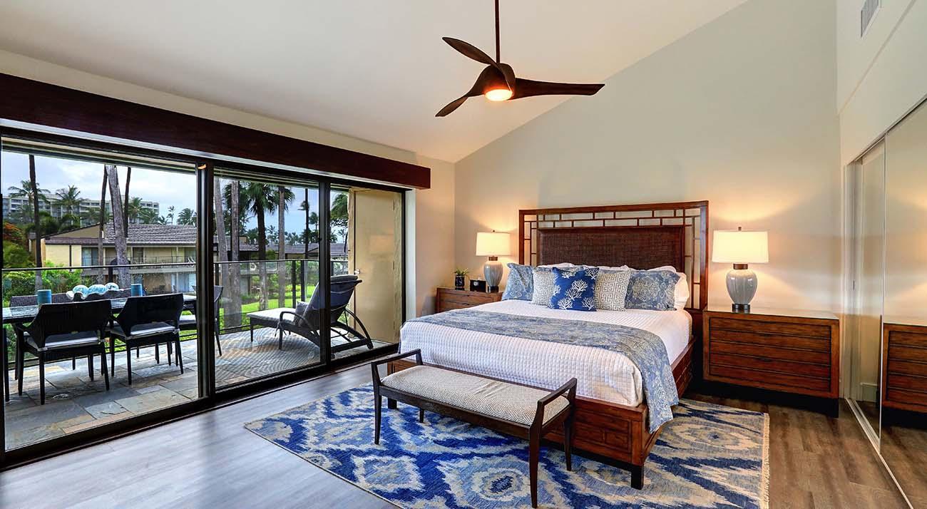 Wailea elua village unit 904 maui southshore condo for Master bedroom living area