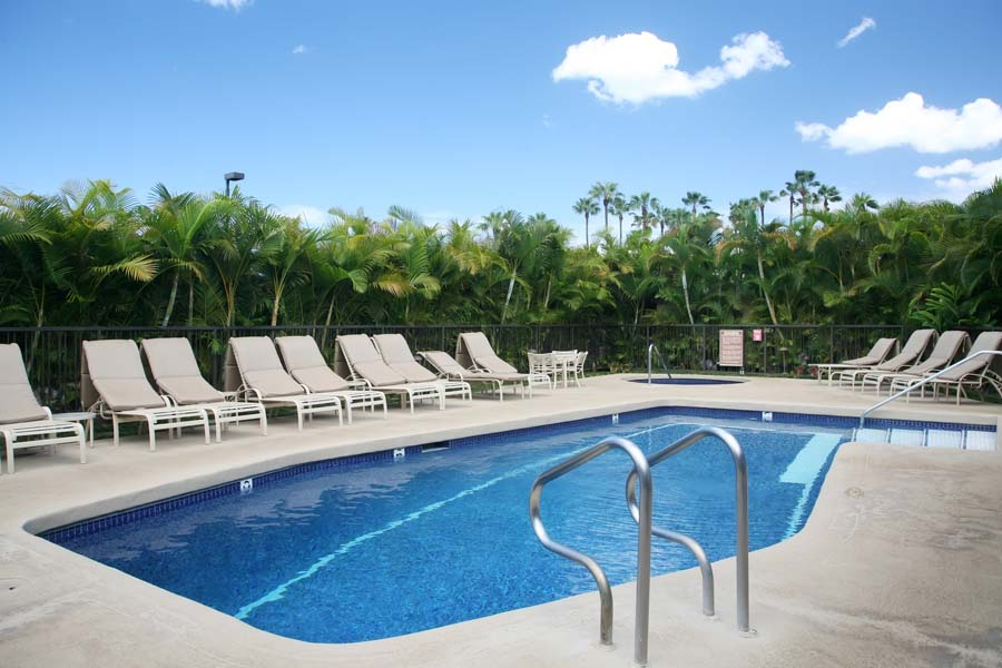 Wailea Elua pool #2 center of property