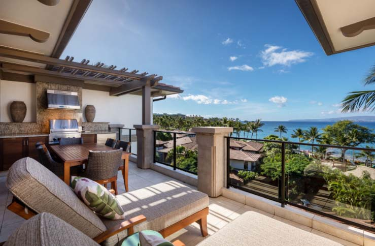 Private deck, BBQ