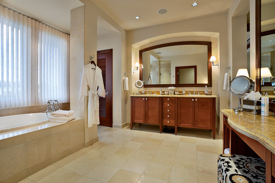 Second bedroom bathroom